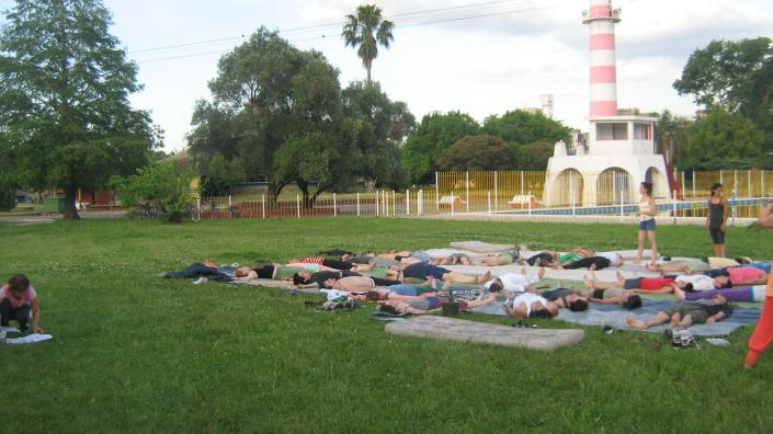 Taller de Acro yoga